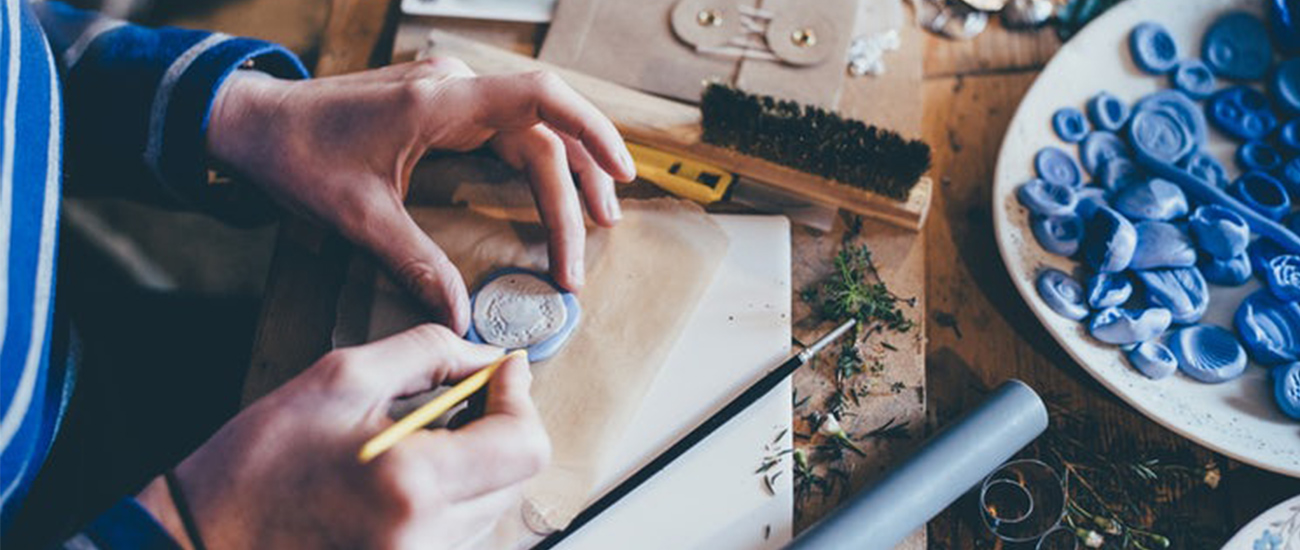 praca dla ludzi kreatywnych, kreatywność, zawody kreatywne, twórcza praca, pracować kreatywnie